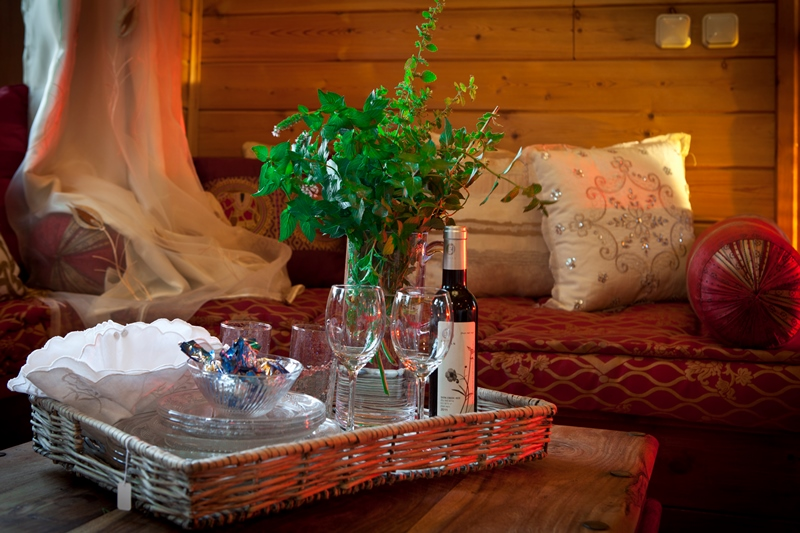 Zimmer_North_Romantic_Cabin (13)