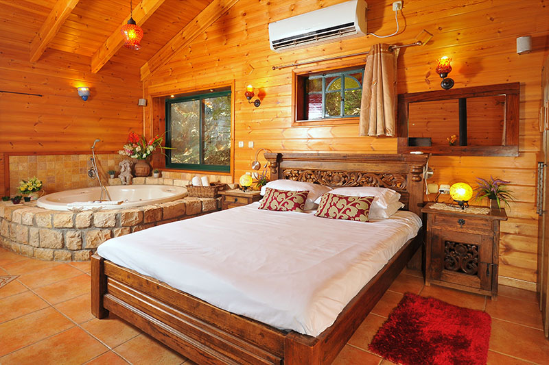 Zimmer_North_Romantic_Cabin (7)